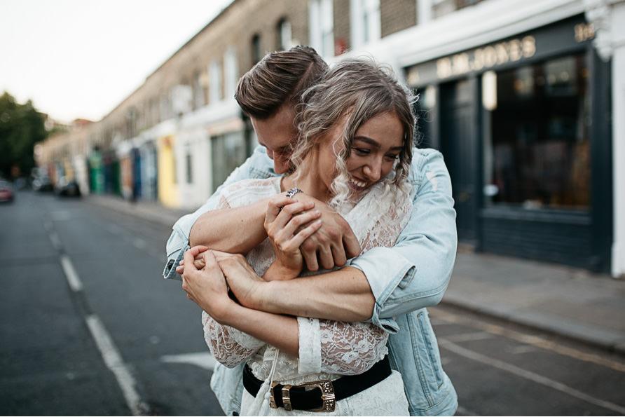 urban_boho_engagement_couple_photoshoot_London-23.jpg