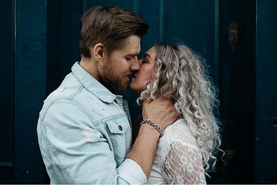 urban_boho_engagement_couple_photoshoot_London-24.jpg