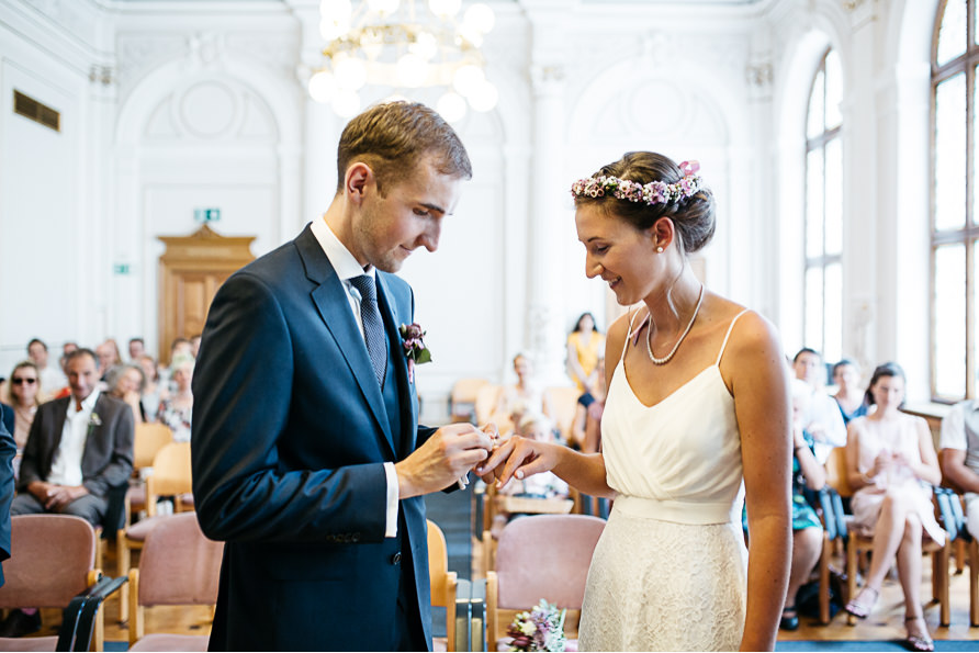 civil wedding in Vienna-28.jpg