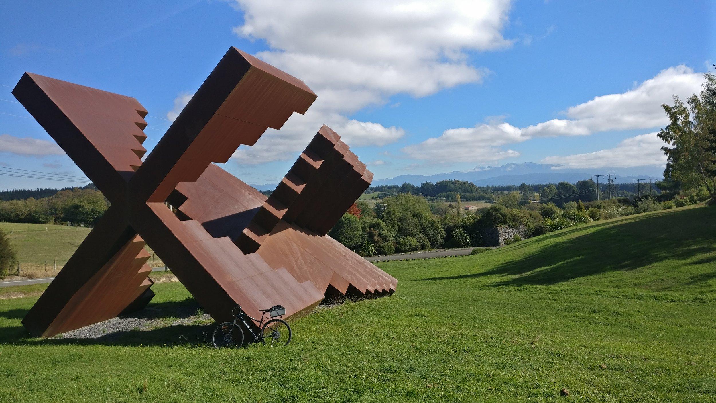 Marte Szirmay sculpture