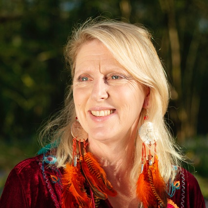 Bay Deane    United Kingdom - Bath/Somerset   A shamanic psychotherapist, Bay helps you find your path to wholeness, opening doorways within, bridging your inner and outer world through deep soul work.   bay@baydeane.com