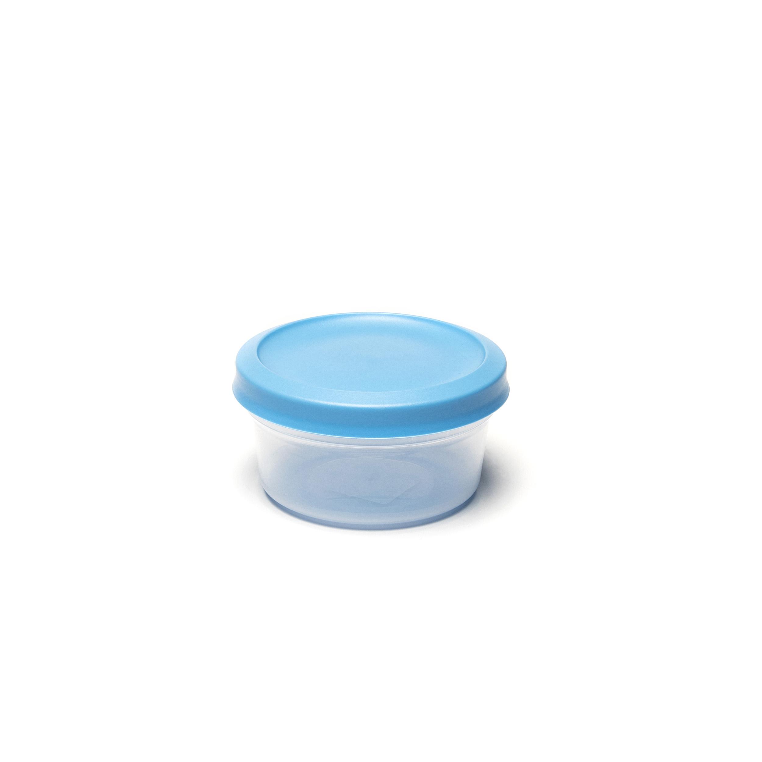 Vacutop Round 500ml - .... Super fresh food? Keep it in a VacuTop® box. Thanks to its hermetic seal, your food will remain noticeably fresher for longer. Stack and store? It's easy peasy. Your VacuTop® is indestructible: it will stand up to the dishwasher and microwave – provided you remove the lid when using the latter. ..Un repas d'une fraîcheur exquise ? Une boîte VacuTop® vous le garantira. Grâce à sa fermeture hermétique, vos aliments restent frais vraiment plus longtemps. L'empiler et la ranger ? Simple comme bonjour. Votre VacuTop® est inusable : elle convient pour le lave-vaisselle et micro-ondes – pour autant que vous en enleviez le couvercle. ..Kraakvers eten? Dat bewaar je in een VacuTop®-doos. Dankzij de hermetische afsluiting blijft je eten merkbaar langer vers. Stapelen en wegbergen? Een fluitje van een cent. Je VacuTop® is onverslijtbaar: hij is bestand tegen vaatwasser en microgolfoven – zolang je bij die laatste het deksel maar verwijdert. ..Knackfrische Speisen? Die sollten Sie in einem VacuTop®-Behälter aufbewahren. Dank des hermetischen Verschlusses bleiben Ihre Speisen spürbar länger frisch. Stapeln und aufbewahren? Das ist ein Kinderspiel. Ihr VacuTop® ist unverwüstlich: Er ist spülmaschinenfest und mikrowellengeeignet – solange Sie in der Mikrowelle den Deckel entfernen. ....