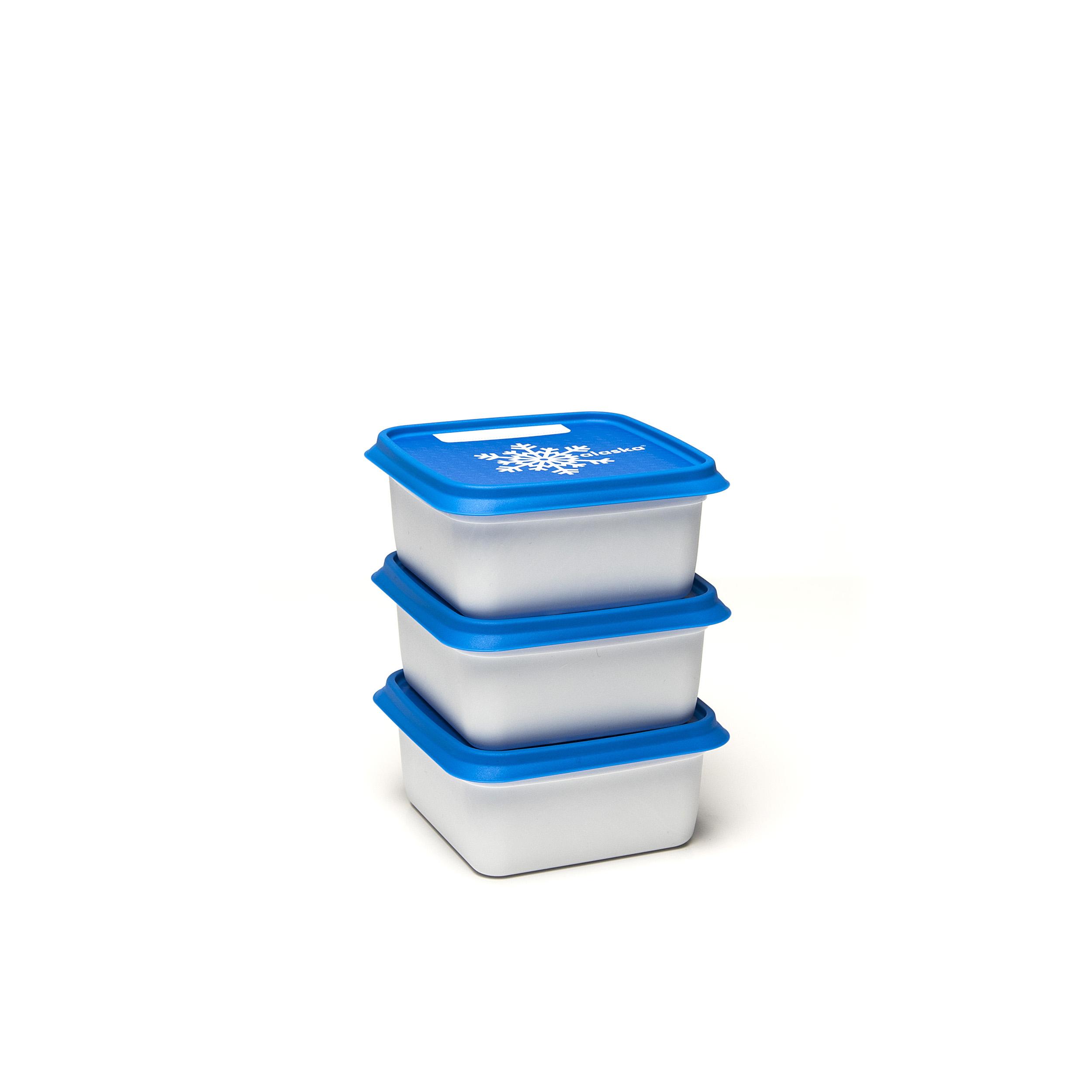 Alaska®500ml(set1x3) - .... Got lots to freeze? Then these Alaska® freezer boxes will be a great help. They will save space in your freezer, can be stacked on top and inside each other. You can find them in every format imaginable and can easily write the contents on the outside. Dirty? Pop them in the dishwasher and they will be as good as new. .. Beaucoup d'aliments à congeler ? Ces boîtes de congélation Alaska® sont faites pour cela. Elles vous font gagner de la place dans votre congélateur, sont empilables mais aussi emboîtables. Disponibles dans tous les formats imaginables, on peut aussi y mentionner le contenu facilement. Sales ? Mettez-les dans le lave-vaisselle et elles en sortiront comme neuves. .. Veel in te vriezen? Dan zijn deze Alaska®-vriesdozen jouw redder in nood. Ze besparen plek in je diepvriezer, zijn stapelbaar én nestbaar. Je vindt ze in elk denkbaar formaat en schrijft er vlotjes de inhoud op. Vuil? Stop ze in de vaatwasmachine en ze zijn weer als nieuw. .. Sie haben viel zum Einfrieren? Dann sind diese Alaska®-Tiefkühlbehälter Ihr Retter in der Not. Sie sparen Platz im Tiefkühlschrank, sind stapel- und schachtelbar. Es gibt sie in jedem denkbaren Format und sie lassen sich leicht beschriften. Schmutzig? Geben Sie sie in die Spülmaschine und sie sind wieder wie neu. ....
