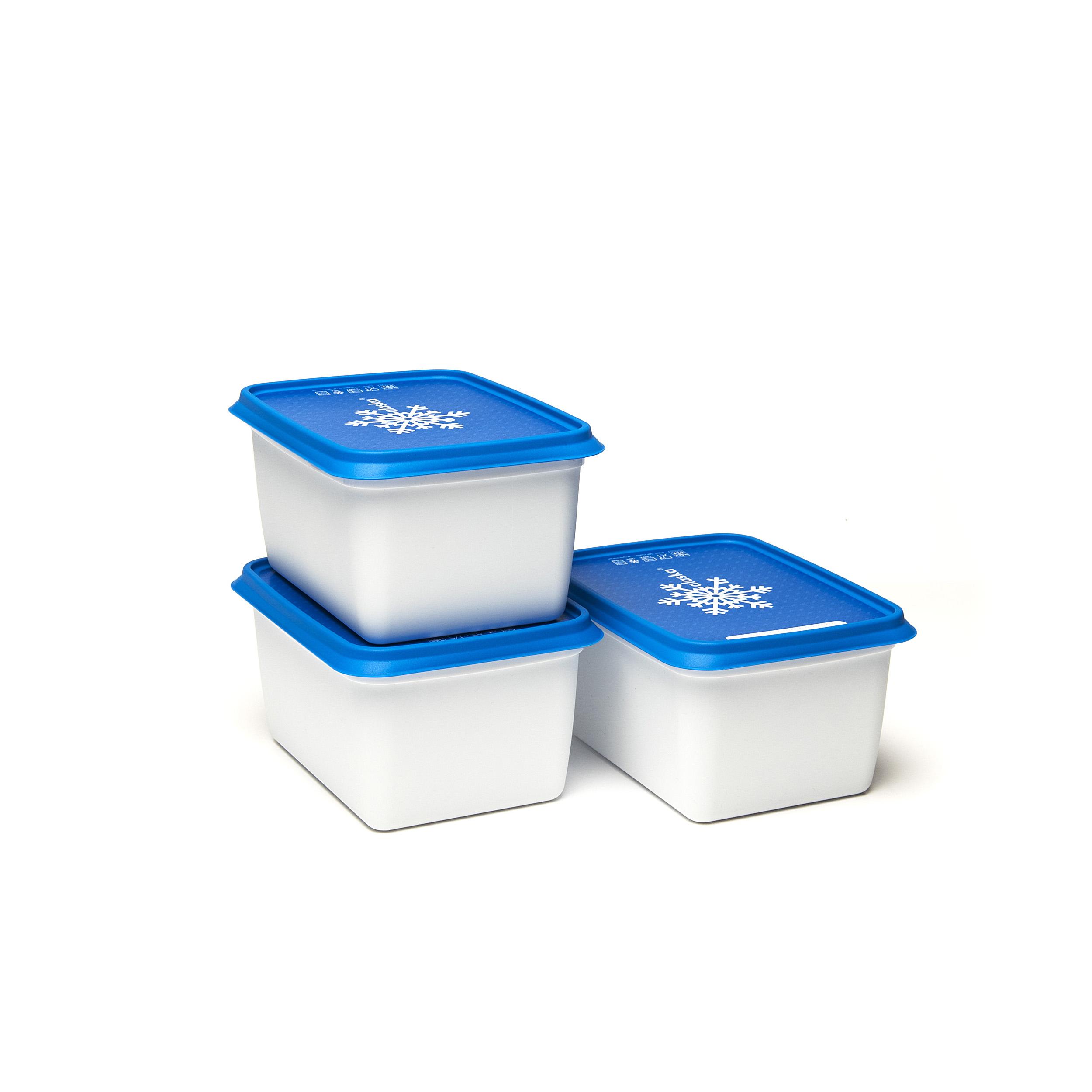 Alaska®1200ml(set1x3) - .... Got lots to freeze? Then these Alaska® freezer boxes will be a great help. They will save space in your freezer, can be stacked on top and inside each other. You can find them in every format imaginable and can easily write the contents on the outside. Dirty? Pop them in the dishwasher and they will be as good as new. .. Beaucoup d'aliments à congeler ? Ces boîtes de congélation Alaska® sont faites pour cela. Elles vous font gagner de la place dans votre congélateur, sont empilables mais aussi emboîtables. Disponibles dans tous les formats imaginables, on peut aussi y mentionner le contenu facilement. Sales ? Mettez-les dans le lave-vaisselle et elles en sortiront comme neuves. .. Veel in te vriezen? Dan zijn deze Alaska®-vriesdozen jouw redder in nood. Ze besparen plek in je diepvriezer, zijn stapelbaar én nestbaar. Je vindt ze in elk denkbaar formaat en schrijft er vlotjes de inhoud op. Vuil? Stop ze in de vaatwasmachine en ze zijn weer als nieuw. .. Sie haben viel zum Einfrieren? Dann sind diese Alaska®-Tiefkühlbehälter Ihr Retter in der Not. Sie sparen Platz im Tiefkühlschrank, sind stapel- und schachtelbar. Es gibt sie in jedem denkbaren Format und sie lassen sich leicht beschriften. Schmutzig? Geben Sie sie in die Spülmaschine und sie sind wieder wie neu. ....