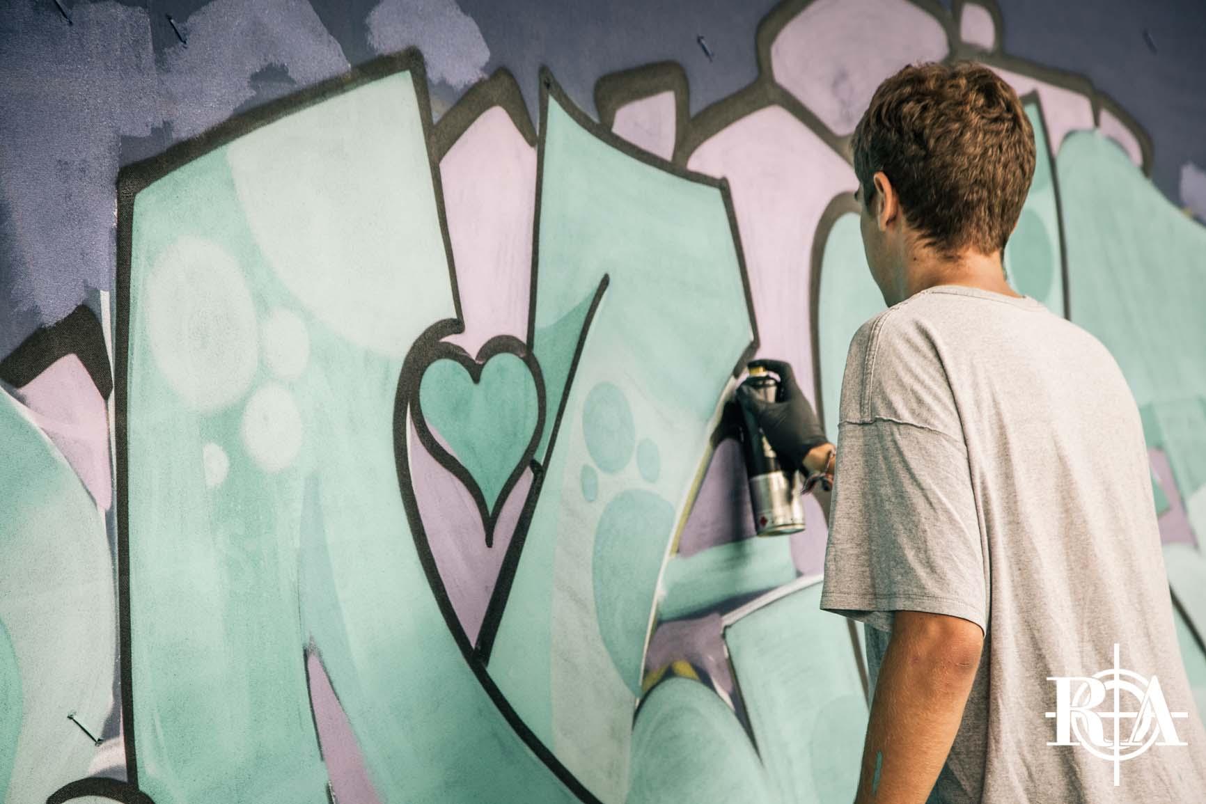 GRAFFITI WALL - Wer letztes Jahr bei uns auf dem Landenberg war, kann sich sicherlich an die 100m Graffiti Wall von über 20 Künstlern aus Europa erinnern. Auch dieses Jahr kommen wir wieder in den Genuss dieser Kunst. All dies ermöglichen euch die Jungs von der Central Steez Family!