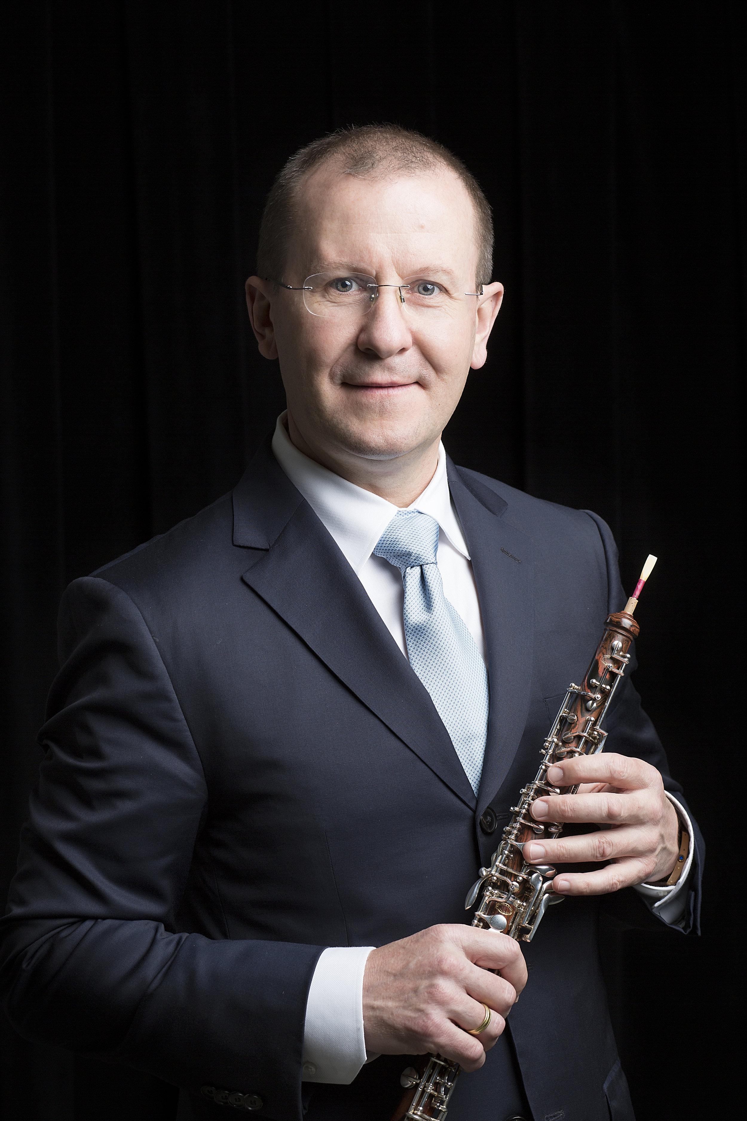 Igor Leschishin - Principal Oboe