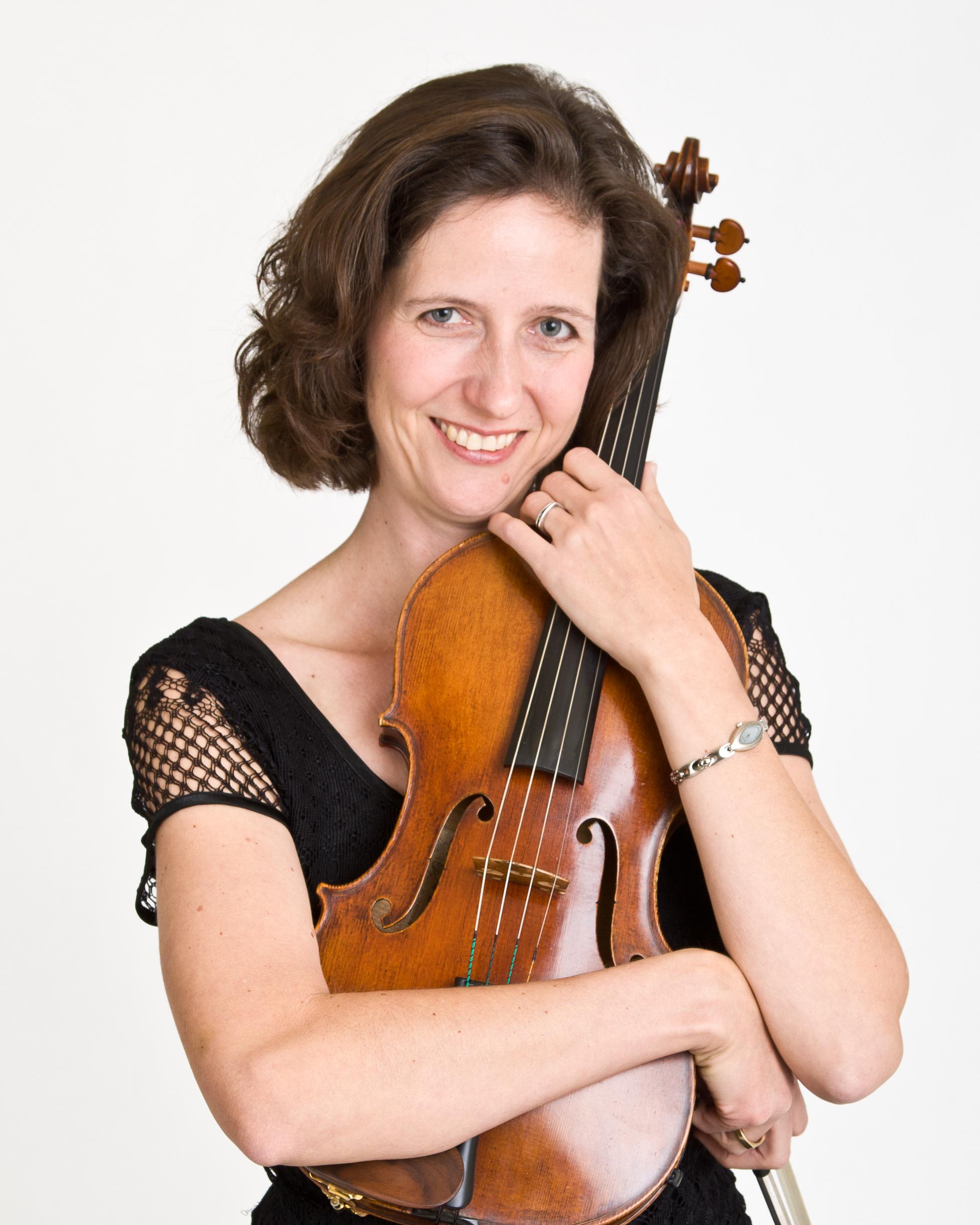 Elizabeth Pulju-Owen - Viola