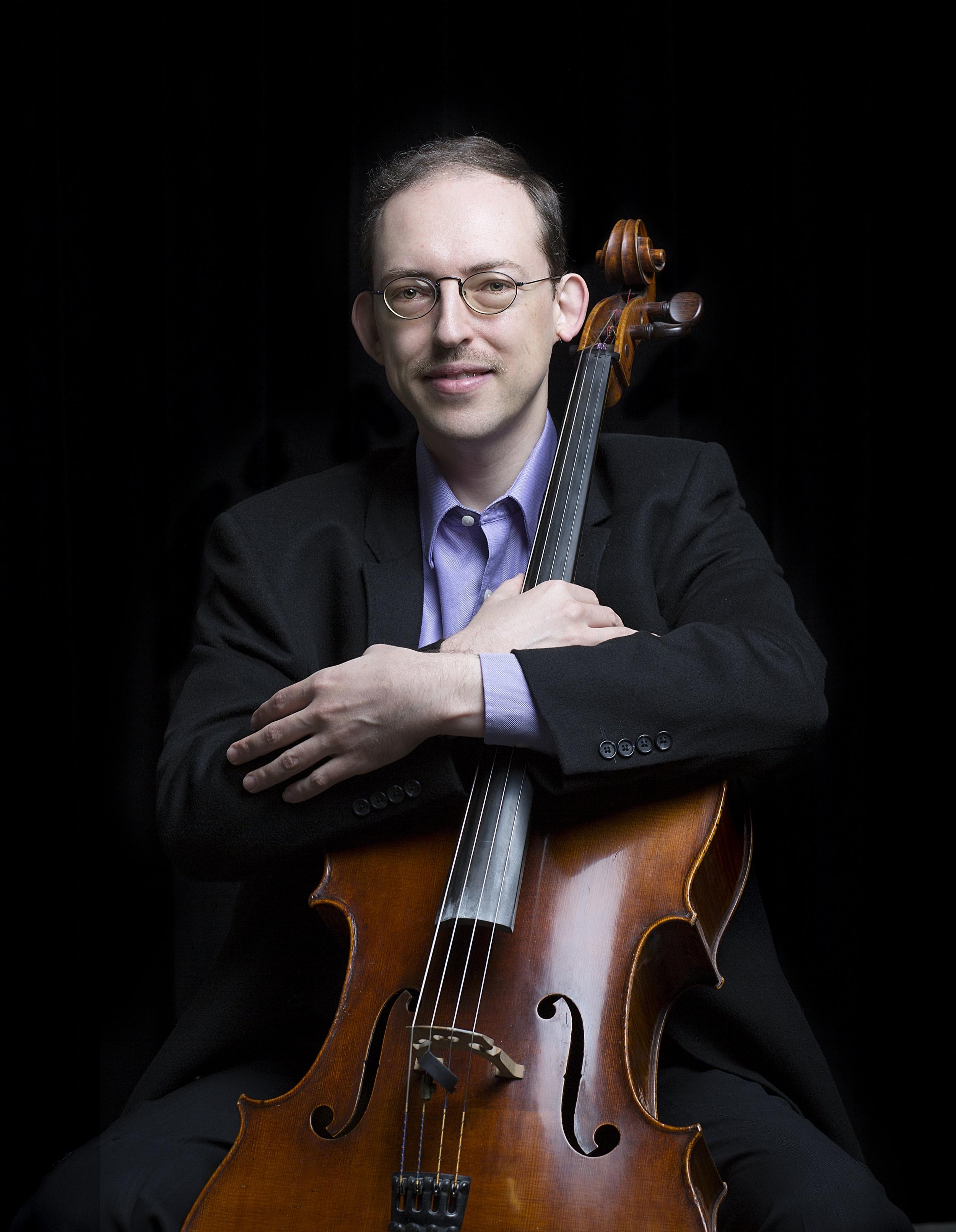 Igor Zubkovksy - Cello