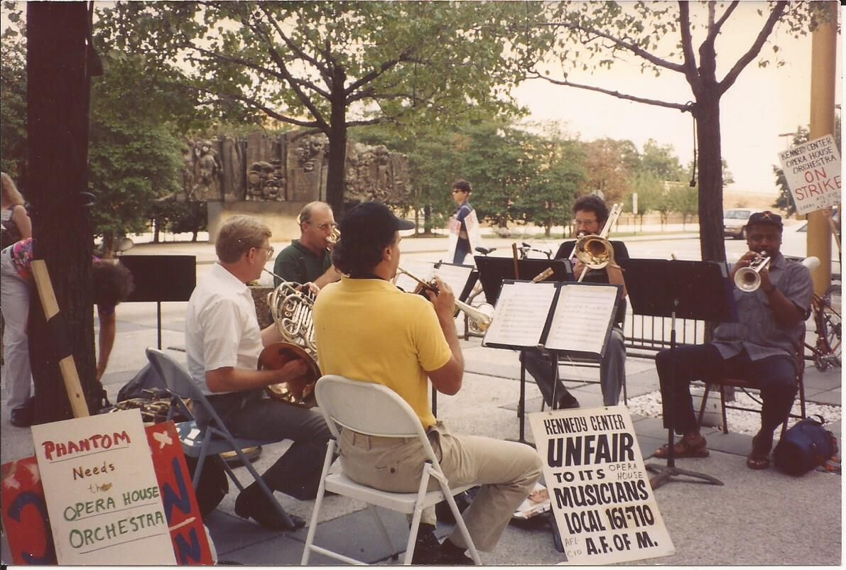 A KCOHO brass quintet performs on the Kennedy Center plaza during the 1993 strike