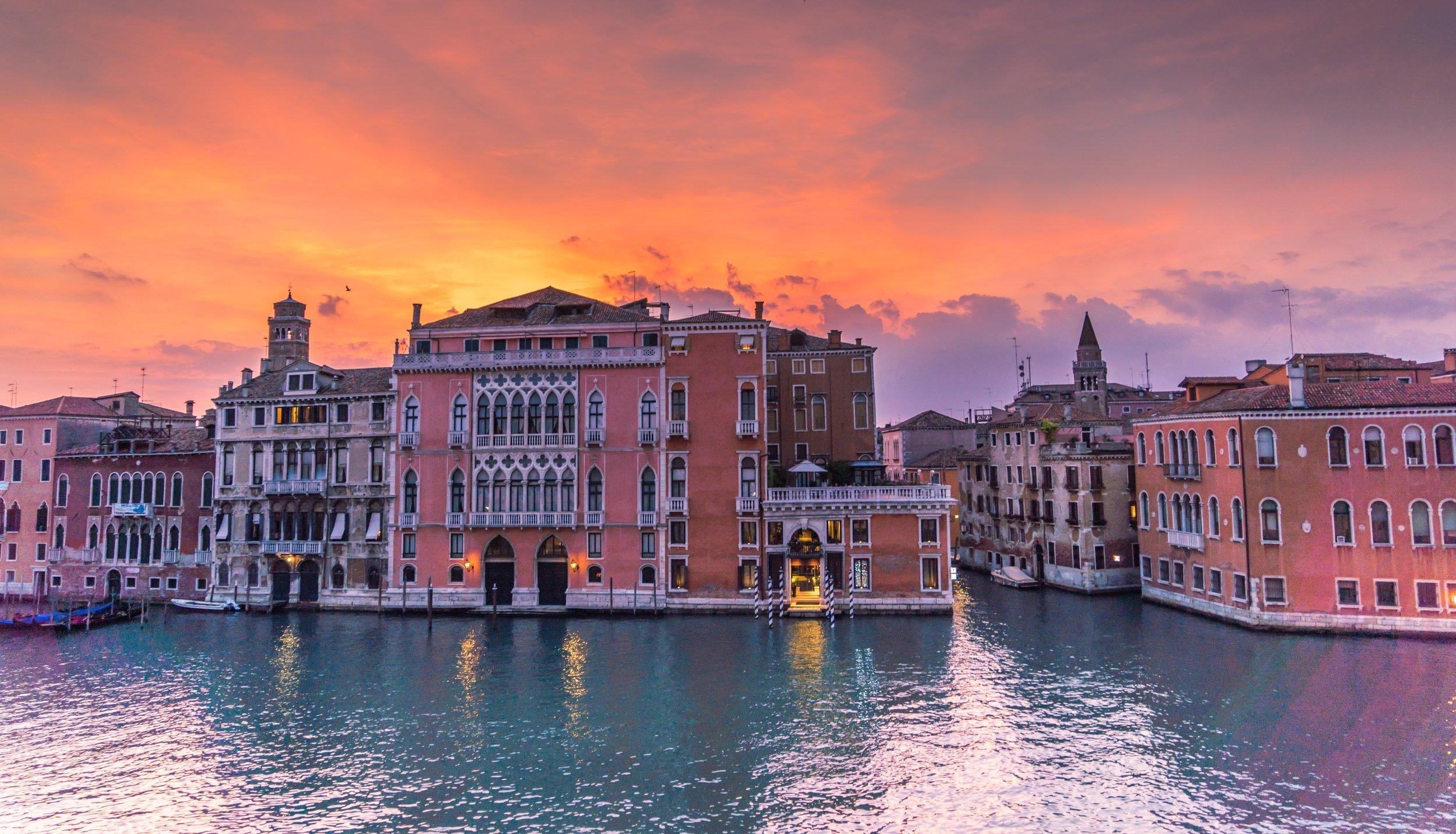 venice-italy-sunset-grand-canal-158441.jpeg
