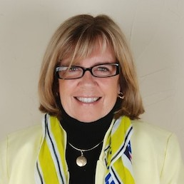 Lou Halstead    Chief Production Officer | Exponent Women
