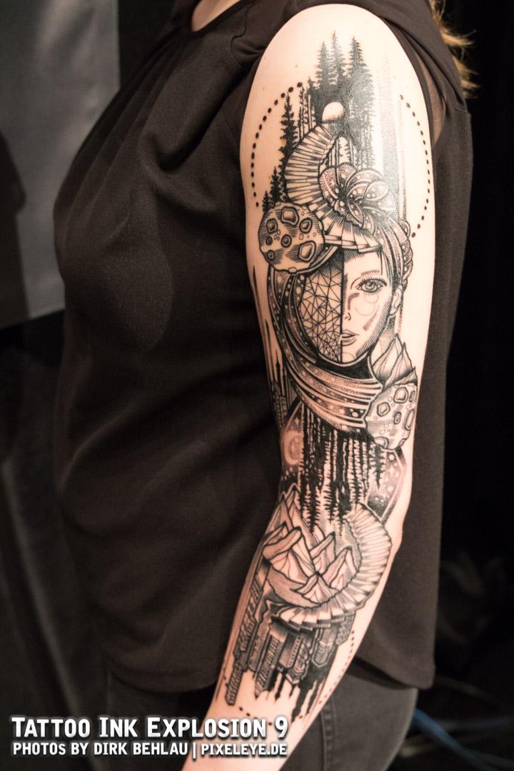 BestOfBlackwork_1Platz_JessicaSvartvit_Tigerstyle_Tattoo.jpg
