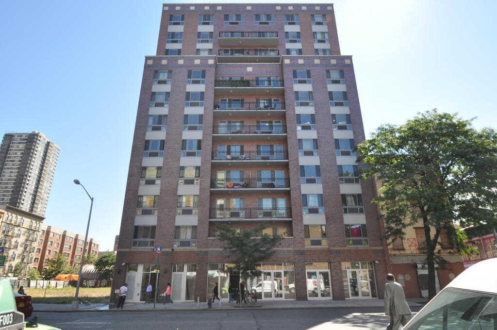 Golbar Tower 2205 Third Ave, NYC