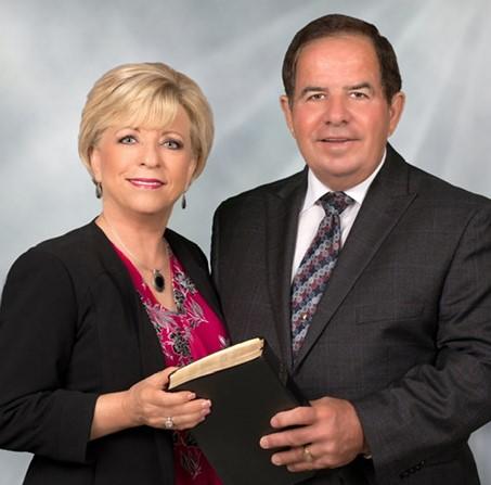 Pastors Pic 2019 (1).jpg