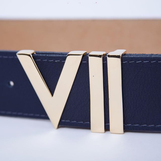 Modern Luxury Belt #viicollection #highend #gold #blackleather #artisanmade #exclusivebrand www.viicollection.com