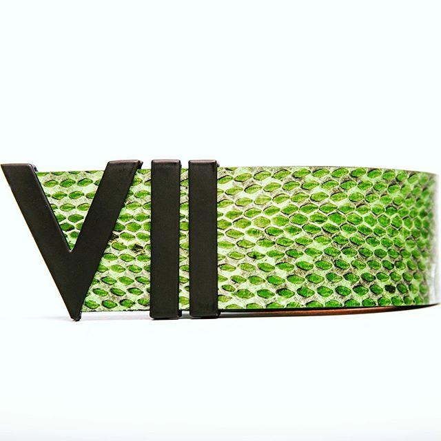 Restocking ♻️🐍 #greensnake #highend #limitededition #mattebuckle #fashion #luxurybelt www.viicollection.com