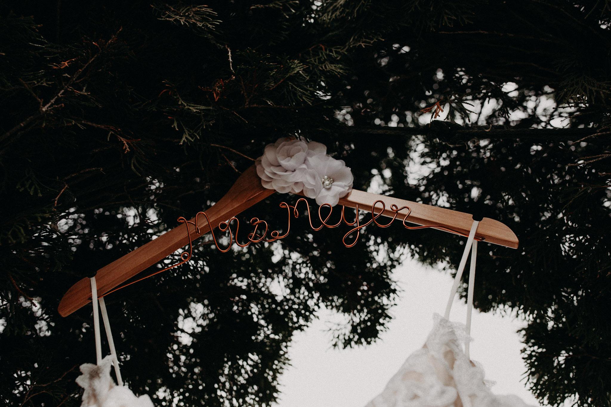 handmade wire bridal hanger that says Mrs. Meyer