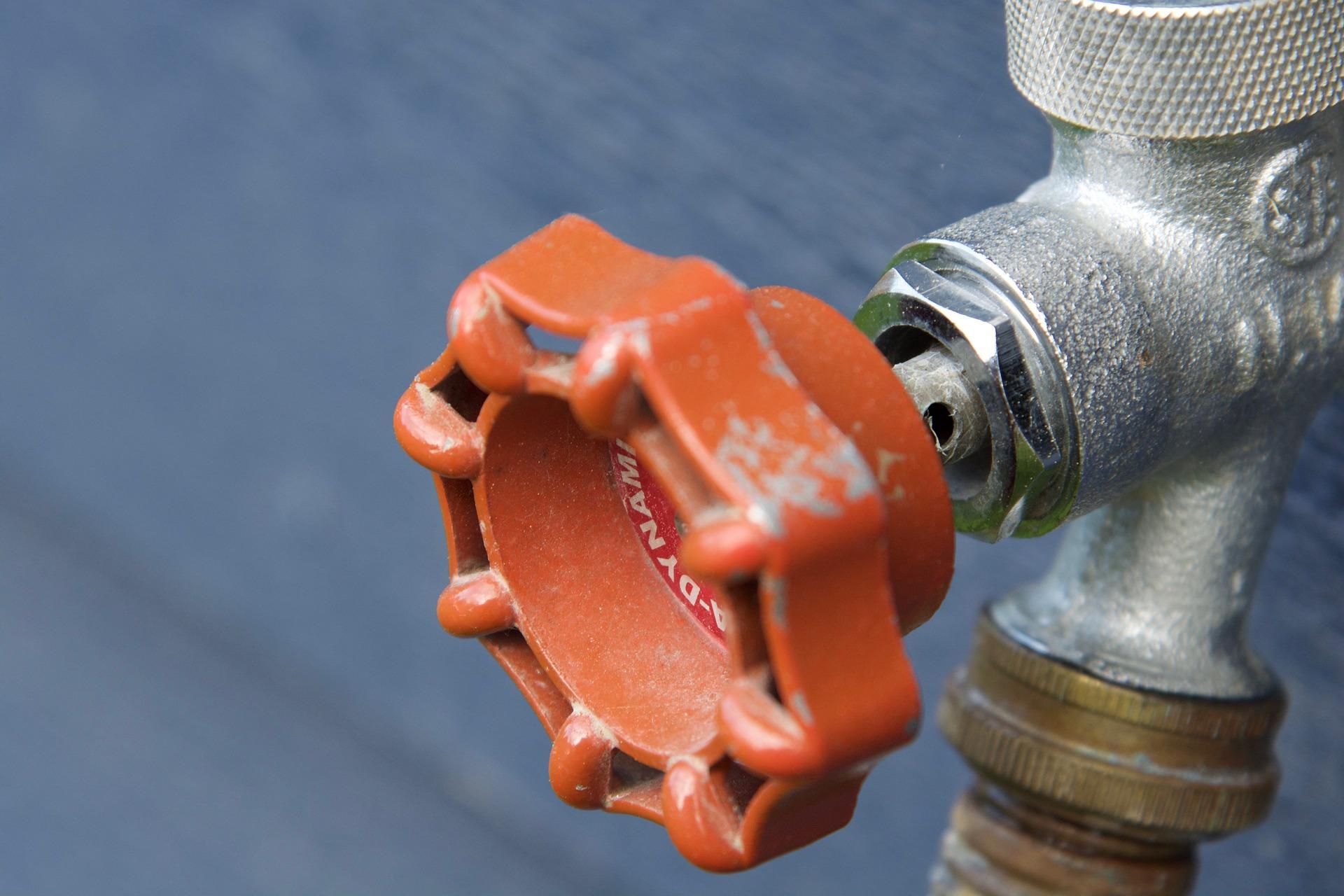 pipe-2445176_1920.jpg