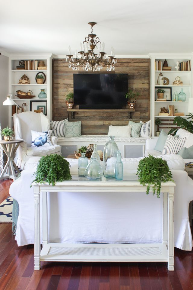 coastal farmhouse decor.jpg