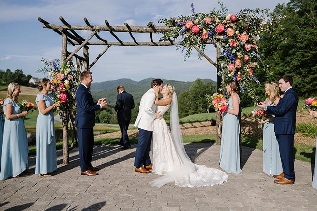 Gushing over this gallery from @michellescottphoto😍 @caseydbleuher thank you for trusting us with your vision, we had so much fun creating with this color palette! This is what wedding dreams are made of🙌🏻 . . #weddingceremony #mountains #lakeburton #summertime #summerwedding #weddings #weddinginspiration #southernbride #southernweddings #magnoliarouge #weddinggoals #peonies #weddingflowers #weddingdesign #floraldesign #weddingstyle #weddingdecor #marthaweddings #georgia #mountaintop #justmarried #weddinginspo #weddingday