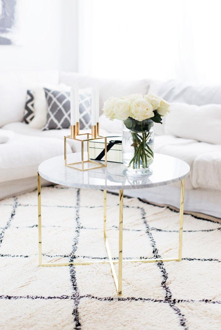 white bedroom-interiors.jpg