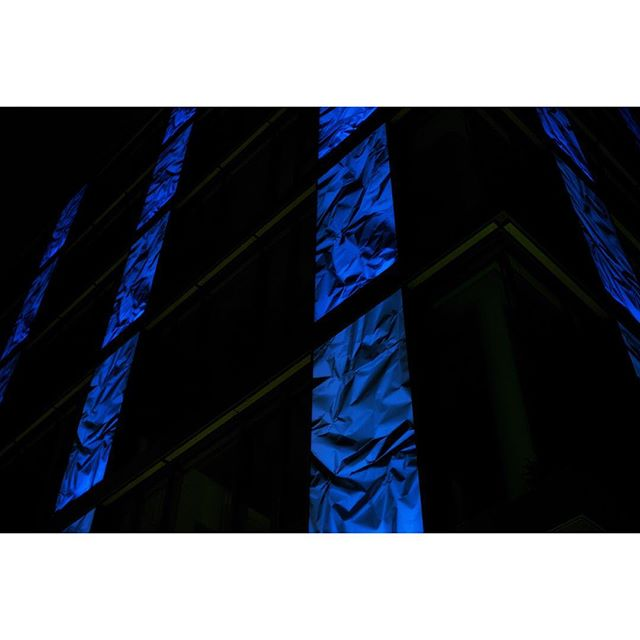 blue. #color #architecture #blue #stuttgart #photography #leica #night #street #0711 #photographer #lights #city