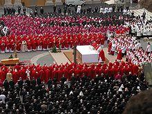 220px-John_Paul_II_funeral_long_shot.jpg
