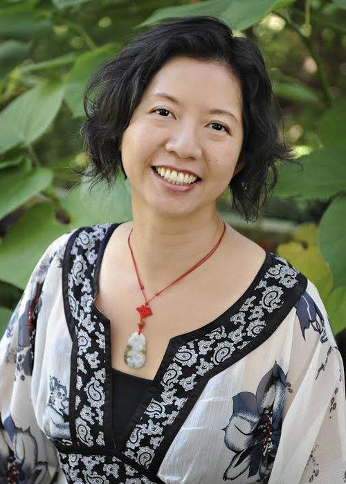 Lynn Chang headshot.jpg
