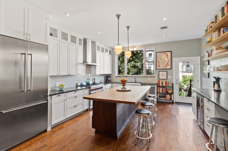387 2nd Street - 5 Bed | 3.5 Bath | Carroll Gardens