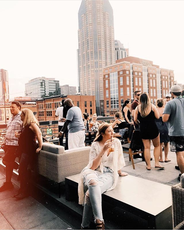 Come get in on some of our rooftop vibes! We have the highest and only multi-level rooftop with the best views on Broadway 🙌 #nashvilleunderground #repost @kaitywiggers . . . #cornhole #greenroof #nashville #nashvegas  #nashunderground #sundayfunday #broadway #nash #615 #drinklocal #party #daydrinking #country #honkytonk #htc #honkytonkcentral #explore615 #musiccity #daydrinking #broadwaynashville #downtownnashville #nashvilletn #lowerbroadway #rooftopparty #greenroof #rooftoplawn