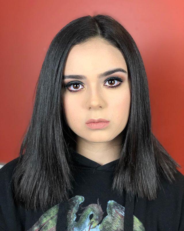 Tonight's makeup on the wonderful @bellarosamusic while she performs at @londonmusichall 💃🏻 • • • Skincare: @clinique  Primer: @coverfx  Foundation: @narsissist  Concealer: @narsissist  Contour: @fentybeauty  Setting Powder: @rcmamakeup  Bronzer: @physiciansformula  Blush: @tartecosmetics  Eyebrows: @nyxcosmetics  Eyeshadow: @anastasiabeverlyhills  Eyeliner: @covergirl  Mascara: @toofaced  Lashes: @ardellbeauty  Lipstick: @sephora  Setting Spray: @urbandecaycosmetics
