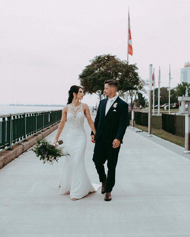 Look at these gorgeous newlyweds! 😍 📷 : @angelic_images_photography 😇 • • • #makeup #mua #makeupartist #wedding #bride #groom #weddingmakeup #bridalmakeup #beautiful #gorgeous #photography #weddingphotography #bridal #weddingdress #downtownwindsor #windsorriverfront #glammakeup #weddingseason #contour #stunning