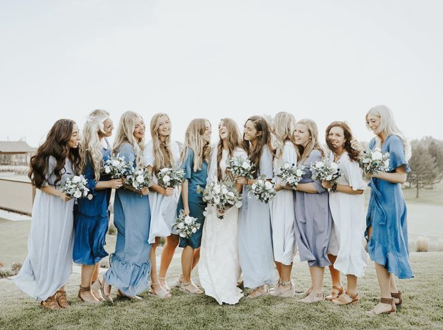 These breezy blue bridesmaid dresses were perfection 💙✨