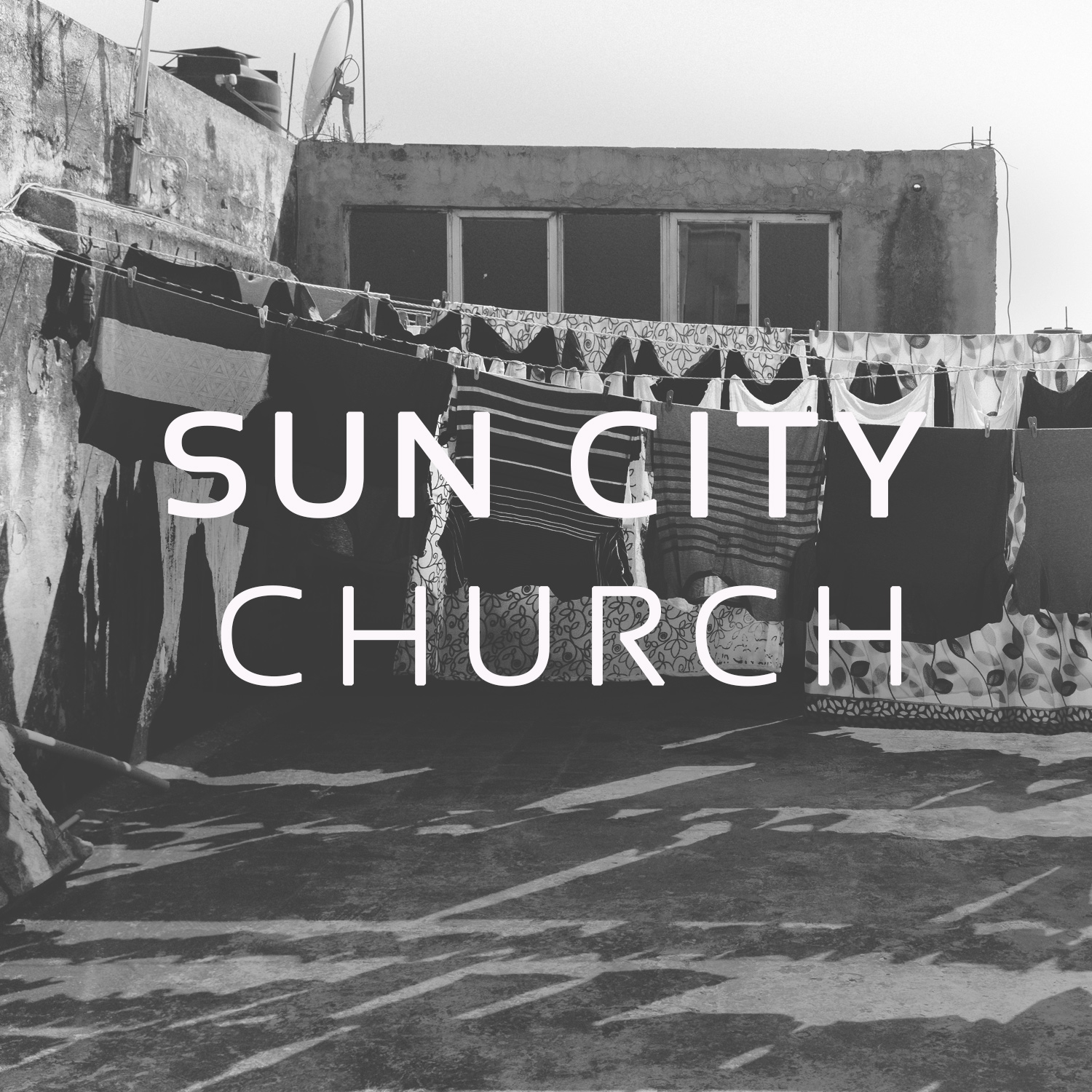 Sun City Church is a plant near the border town of El Paso, Texas. This city is one of the largest crossings in the US, adjacent to their sister city of Juarez, Mexico. Pastor Brant Small leads this young congregation.