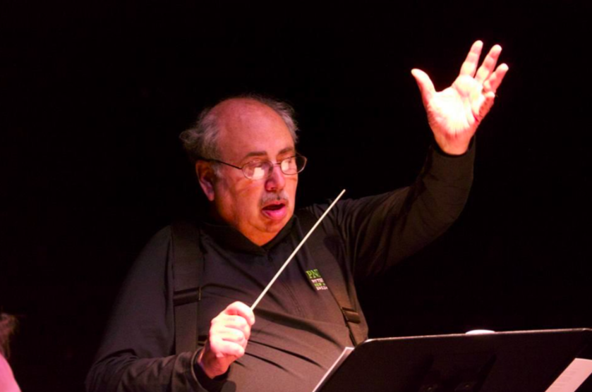 David Conducts his last premiere with PNME in July 2015
