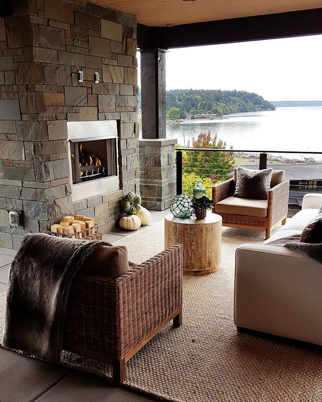 Throwback Thursday!  Remembering this Beauty from 2016. The outdoor living room is stunning. All the details are incredible and the views not bad either.