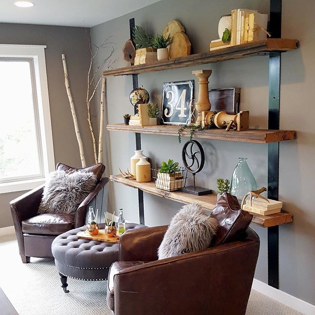 This rich accent paint (Dovetail SW7018) by @sherwinwilliams sure makes this  nook inviting! Enter our current giveaway on our last post to win everything you need to paint your own cozy space in your home!