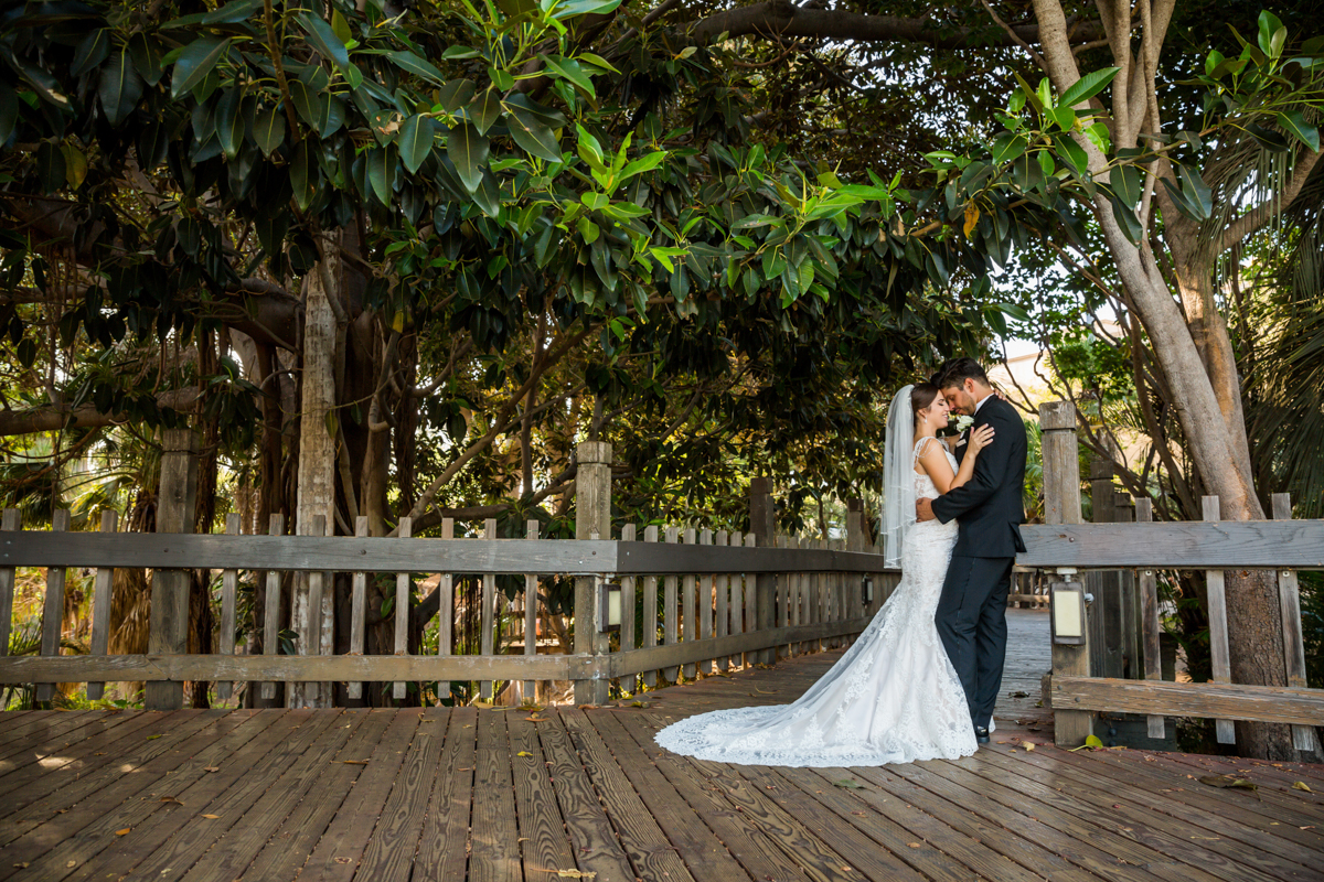 0003St_Angnes_Point_Loma_Wedding_Photographer.jpg