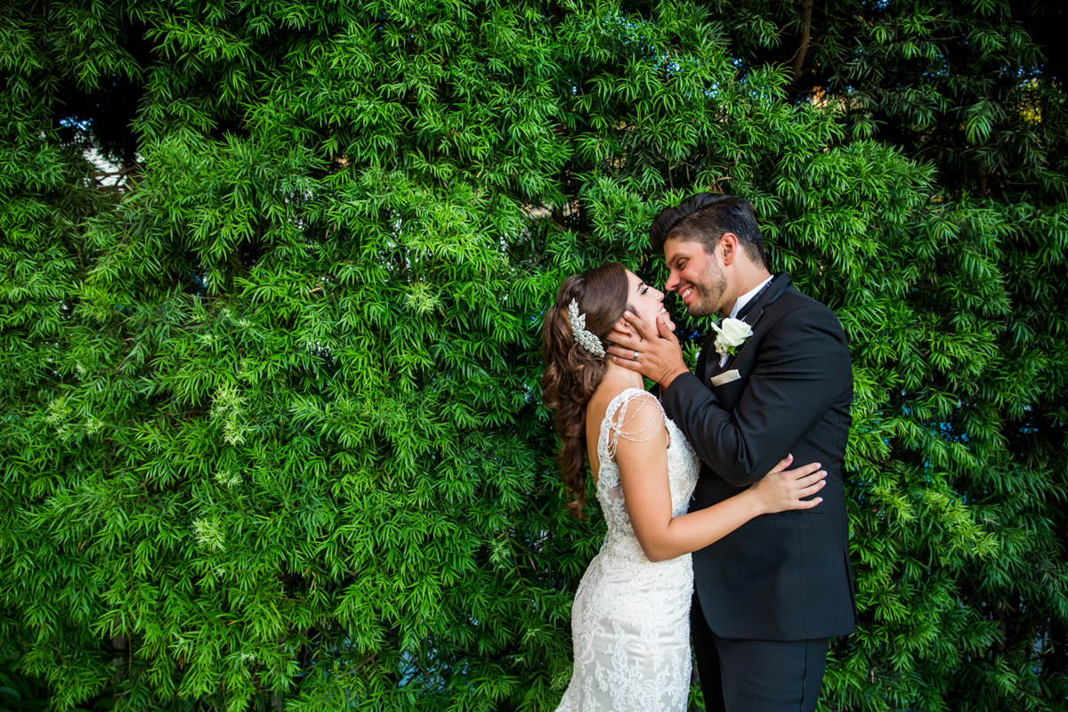 0018St_Angnes_Point_Loma_Wedding_Photographer.jpg