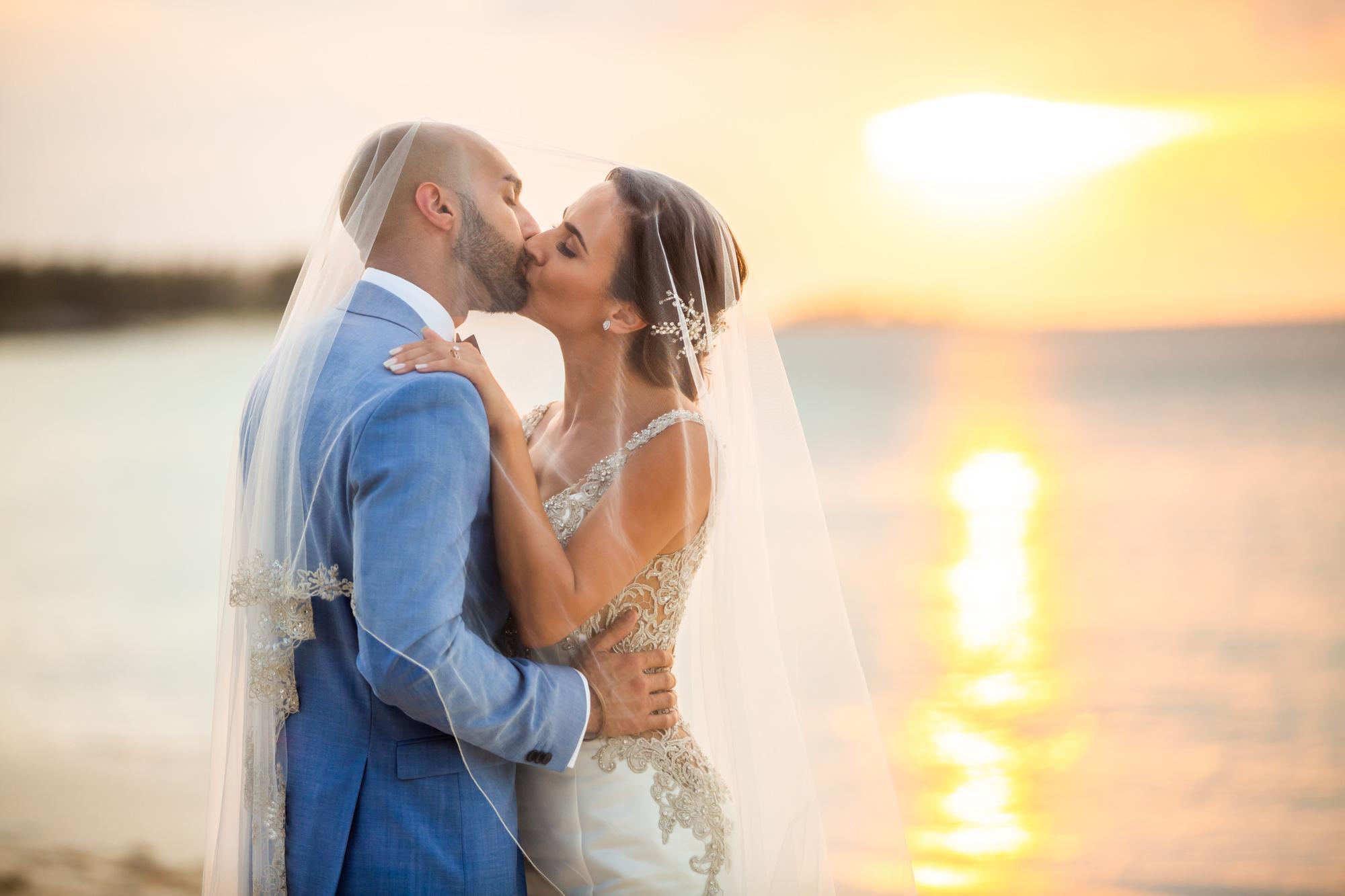 Atlantis_Bahamas_Wedding_003.jpg