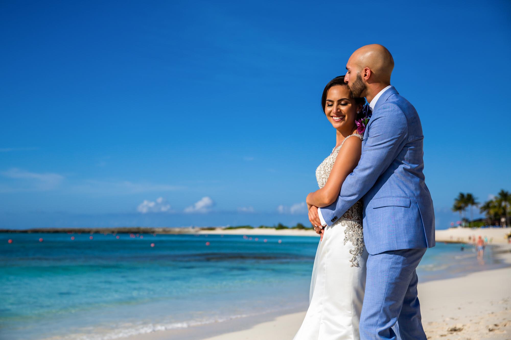 Atlantis_Bahamas_Wedding_013.jpg