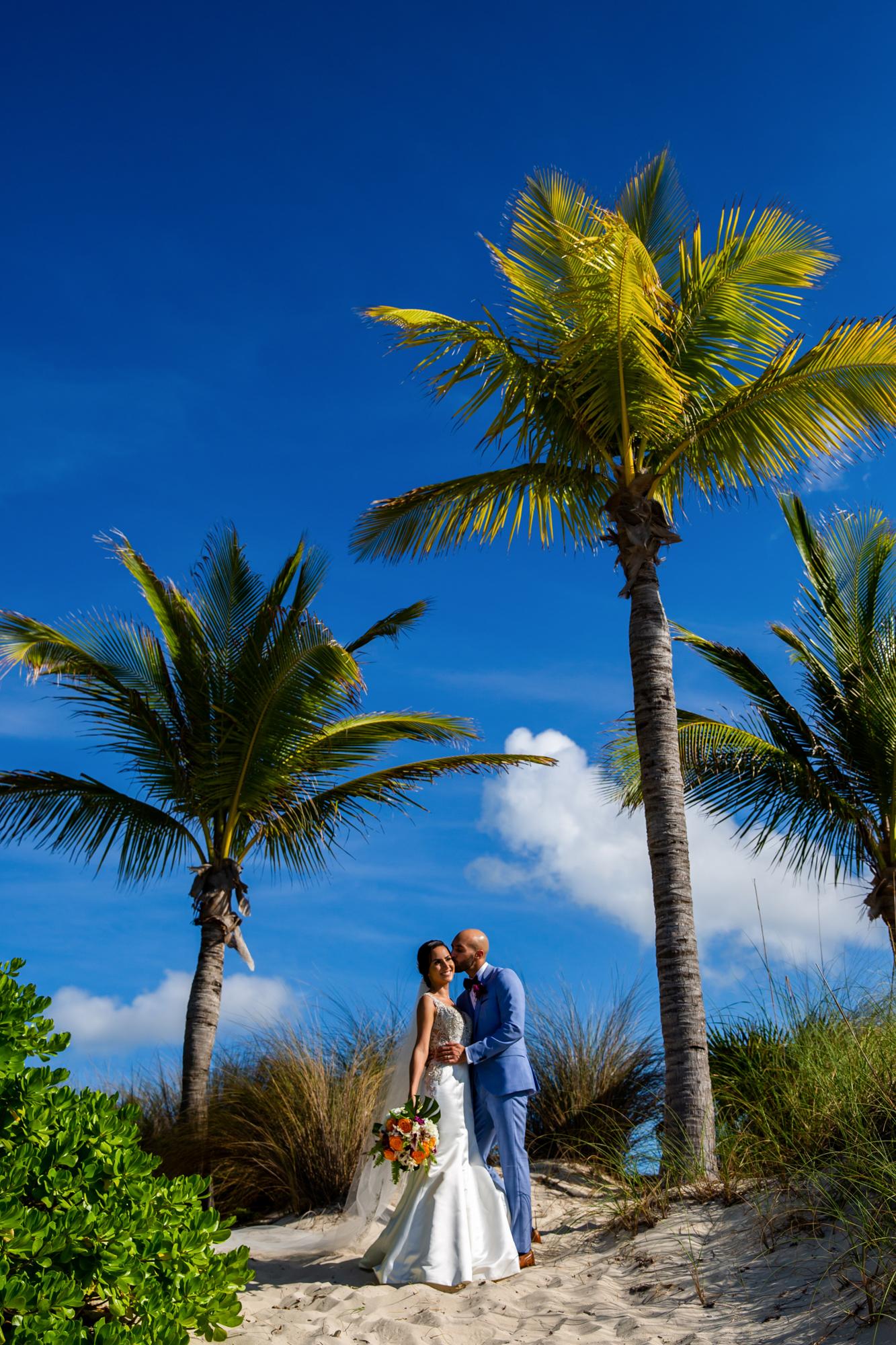 Atlantis_Bahamas_Wedding_014.jpg