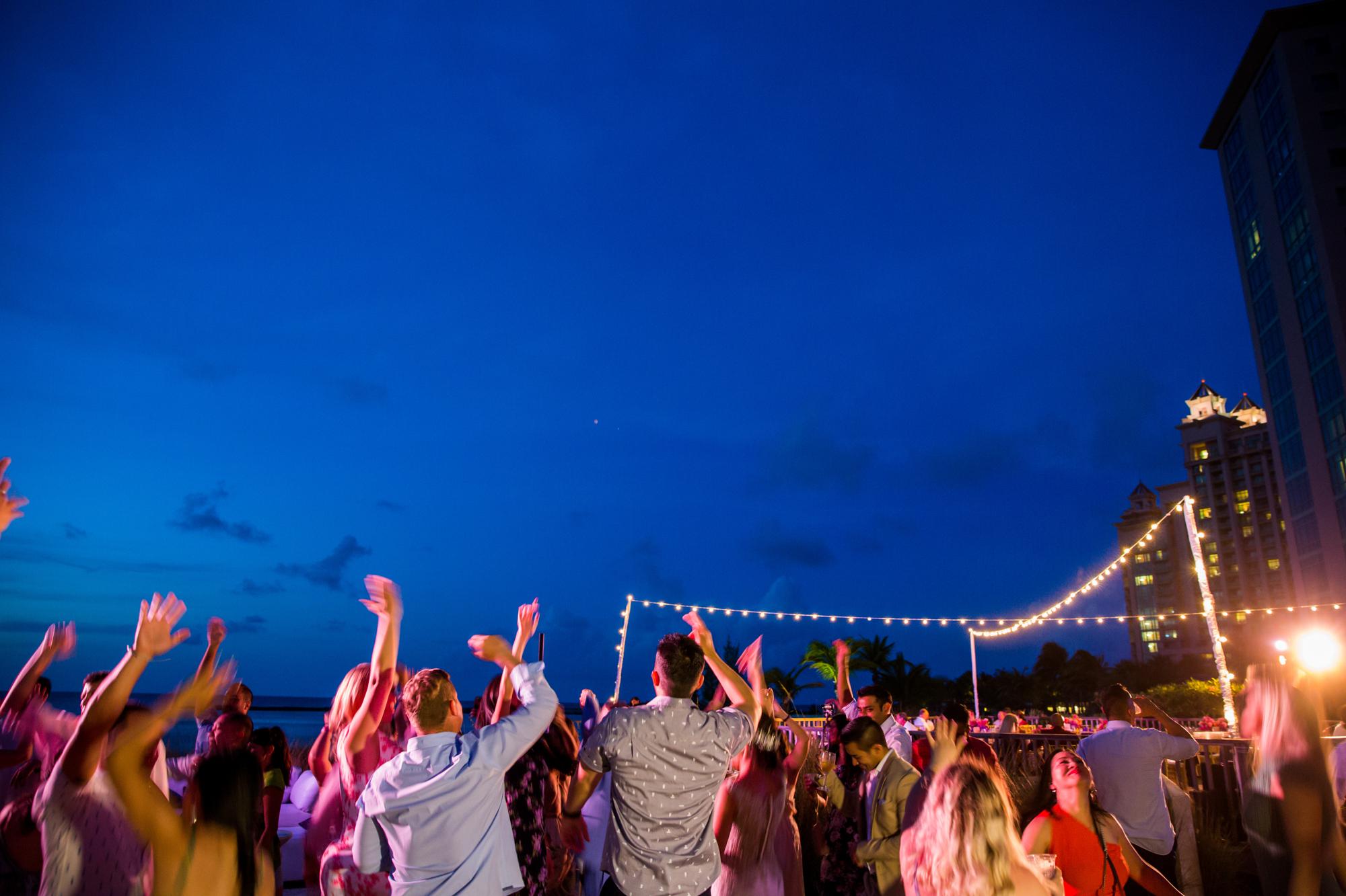Atlantis_Bahamas_Wedding_016.jpg