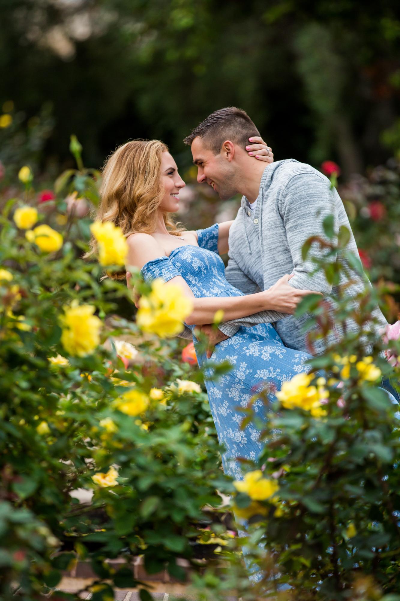 0021Balboa Park Engagement.jpg