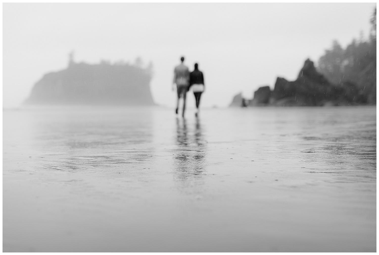 Ruby-beach-rainy-engagement-009.jpg