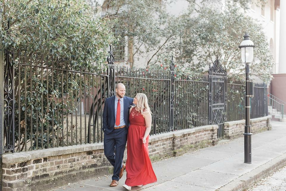 5 year anniversary photos in our new city Charleston- photo by Palmetto Rose Photography