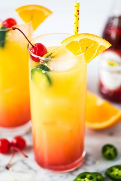 For this cocktail, mix a shot of tequila with 2 shots of orange juice and a splash of 100 percent cranberry juice. No added sugar is your BFF! Shake well and pour over ice. Garnish with cherry (optional).