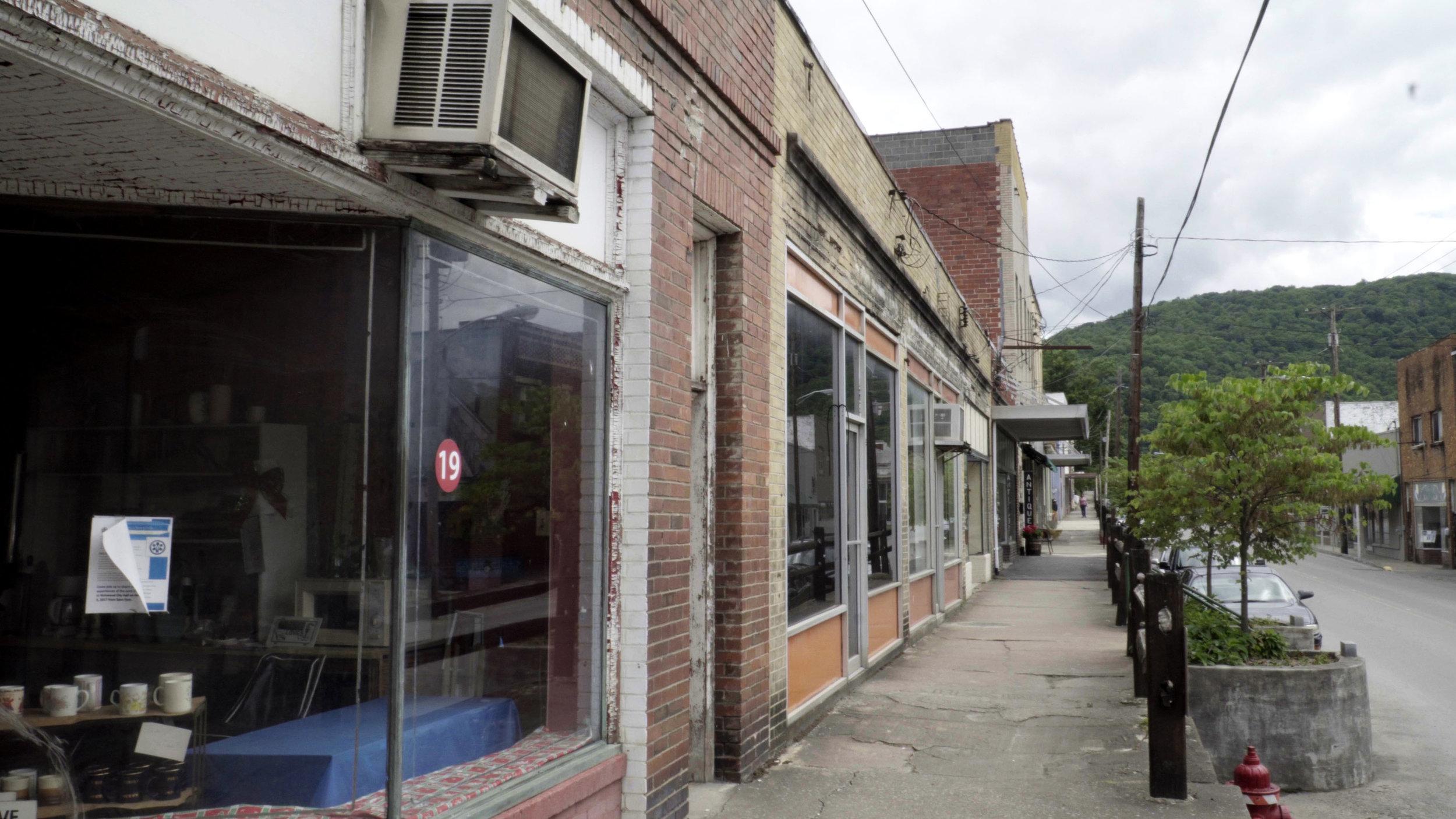 AbandonedStorefronts2_Richwood.jpg