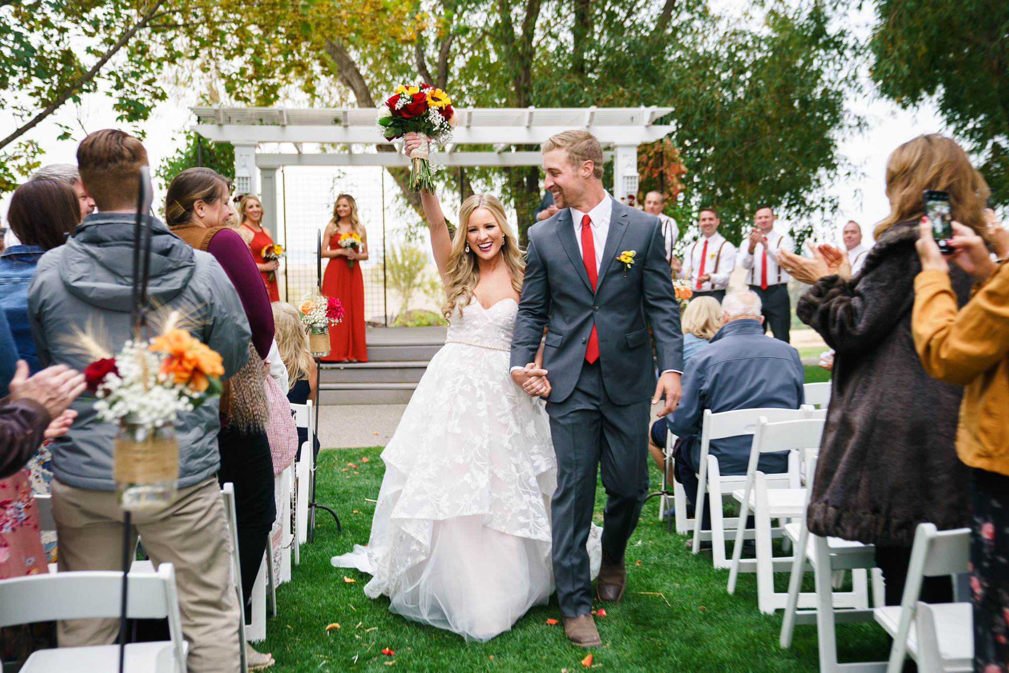 spokane bride and groom with bouquet image