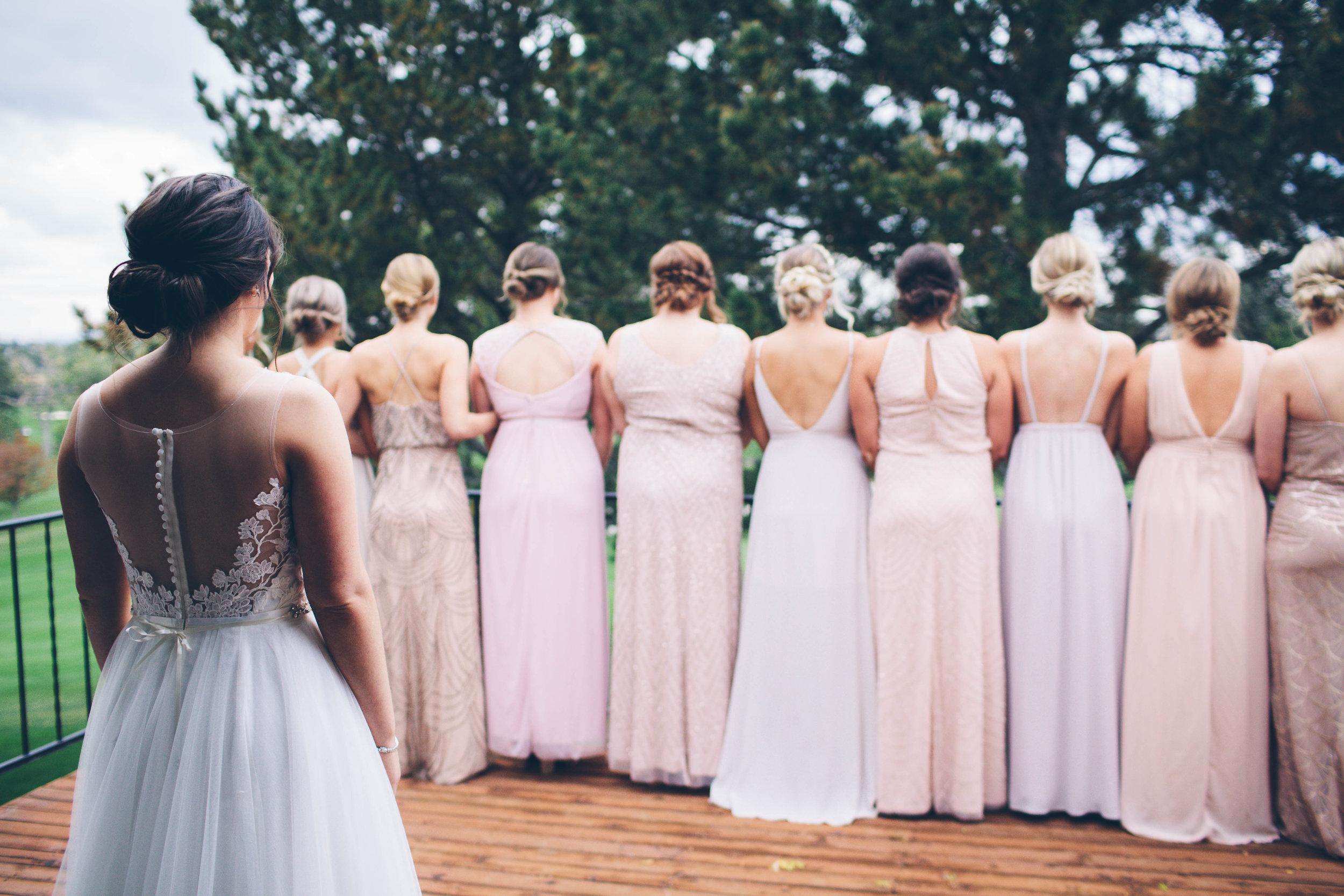 bride showing the bridesmaids Spokane